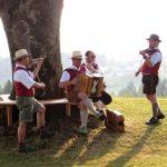 14 Musiker Baum
